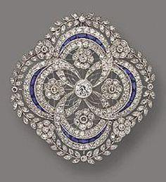 Circa 1910 diamond and sapphire pendant/brooch I Love Jewelry, Jewelry Art, Fine Jewelry, Fashion Jewelry, Jewelry Design, Geek Jewelry, Jewelry Armoire, Jewelry Necklaces, Edwardian Jewelry