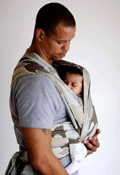 Carry Me Away :: Baby Carriers for Dads: Men Love the ERGO, Pikkolo