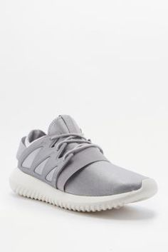 ¡Consigue este tipo de deportivas de Adidas Originals ahora! Haz clic para ver los detalles. Envíos gratis a toda España. Adidas Originals Tubular Entrap Grey Trainers - Womens UK 7: Sporty style gets a modern-femme take with these knit trainers from adidas Originals. Cut high in a lightweight upper with neoprene and mono-mesh overlays, banded elasticized straps and an easy slip-on silhouette with a split-top upper. Finished with a supremely cushy, bike tire-inspired EVA foam sole…