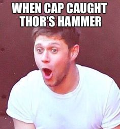 I always knew he was worthy of thors hammer but just stopped trying in Avengers Age of Ultron Avengers Imagines, Avengers Memes, Marvel Memes, Marvel Avengers, Capitan America Chris Evans, I Understood That Reference, We Have A Hulk, Marvel Characters, Marvel Cinematic Universe