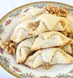 Traditional Hungarian Walnut Roll Cookies *I will use Gluten Free Flour! Christmas Baking, Christmas Cookies, Italian Christmas, Gingerbread Cookies, Tea Cakes, Hungarian Cookies, Bolacha Cookies, Cookie Recipes, Dessert Recipes