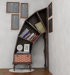 A strange bookshelf for lolita girls who love Alice in wonderland inspired things.