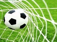 У вчорашньому дербі між двома непримиренними суперниками – херсонським «Кристал» та новокаховським «Енергія» – перемогу здобувають херсонці з рахунком 4:1.