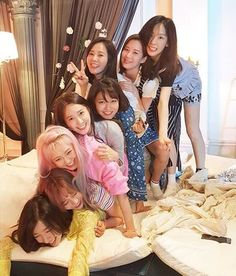 Snsd From the members' insta J Pop, Kpop Girl Groups, Korean Girl Groups, Kpop Girls, Seohyun, Girls Generation, Holiday Nights, Queens, Fandom