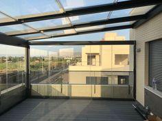 Pergola Above Garage Door Small Pergola, Outdoor Pergola, Pergola Plans, Rooftop Design, Terrace Design, Glass Conservatory, Small Balcony Garden, Glass Room, Patio Shade