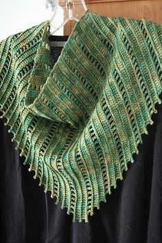 Ravelry: Project Gallery for Metro Kerchief pattern by Yuliya Tkacheva
