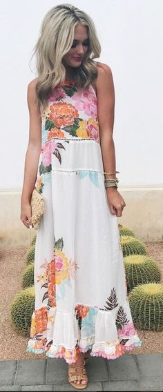 Gorgeous 48 Trendy Summer Outfit Ideas and Looks to Copy Now #copynow #Ideas #Looks #Outfit #Summer #Trendy