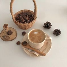Autumn Aesthetic, Korean Aesthetic, Brown Aesthetic, Aesthetic Food, Coffee Recipes, Dog Food Recipes, Opening A Coffee Shop, Chocolate Deserts, Coffee Icon