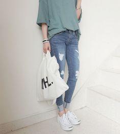 awesome ha-roro by http://www.globalfashionista.xyz/korean-fashion-styles/ha-roro-13/                                                                                                                                                                                 More