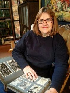 May I Introduce To You . . . Alex Daw - Come meet genealogy blogger Alex Daw of Family Tree Frog in this interview by Wendy Mathias at GeneaBloggers. #genealogy #familyhistory