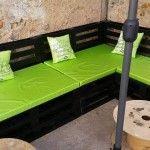 DIY Pallet Wood Corner Sofa