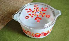 Got this set today #473 casserole dish in Friendship for $10, but my lid wasn't patterned. -- Oct 22/14