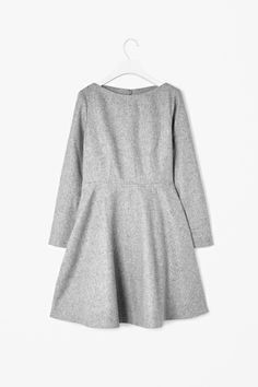 Tailored front dress @ COS : Minimal + Classic : Nordhaven Studio