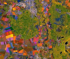 Dessau, Allemagne : image satellite TerraSAR-X Agriculture Farming, Earth From Space, Aerial Photography, Aerial View, Gallery, Plans, Painting, Germany, Color