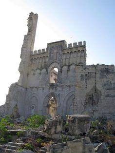 Old Italian Church in Mogadishu, Somaliaby alex_strick, via Flickr