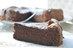 La torta tenerella è una torta facilissima da fare adatta per la colazione e per gli ospiti dell'ultimo minuto! Venite a scoprire come farla sul mio blog!