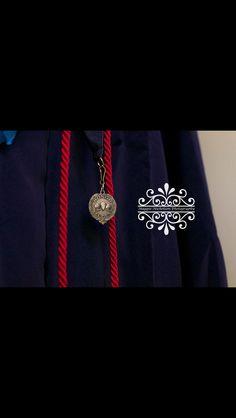Maggie Nicholson Photography senior graduation honor student