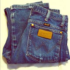 Men s wrangler Jeans Men s wrangler jeans 31x38. Slightly worn. Wrangler  Jeans Boot Cut Shrug 2e381ddb60d