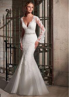 Elegant Tulle Long Sleeves V-neck Neckline Natural Waistline Mermaid Wedding Dress With Lace Appliques