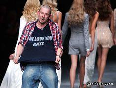 11 февраля 2010 года умер великий дизайнер Alexander McQueen