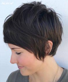 Asymmetrical Pixie Haircut, Choppy Pixie Cut, Pixie Bob Haircut, Pixie Cut With Bangs, Longer Pixie Haircut, Blonde Pixie Cuts, Short Hair With Layers, Long Layered Hair, Short Hair Cuts