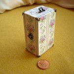 Los conjuntos de viaje, baúles y maletas 2 - Matilde Mora miniaturas para casas de muñecas