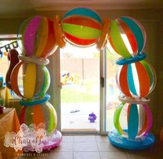 This past weekend, we put on a 'Birthday SPLASH' for Gregory & Lilyan's combined birthday party. Everything had to be gender neutral for t. Splash Party, Luau Birthday, Boy Birthday Parties, Summer Birthday, Birthday Ideas, Beach Ball Birthday, Barbie Birthday, Circus Birthday, Circus Party