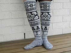 Ravelry: Project Gallery for Loistavat niityt – Great Meadows (Muhu Island Socks) pattern by Tiina Kaarela Fair Isle Knitting, Knitting Socks, Hand Knitting, Knit Socks, Double Knitting Patterns, Yarn Shop, Leg Warmers, Mittens, Ravelry