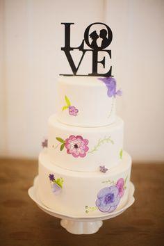 прекрасные торт и топпер