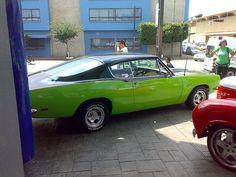 """Plymouth Barracuda en el evento """"Clasicos V8 con Estilo"""" en la Chrysler Dodge Jeep de 16 de Septiembre Plymouth Barracuda, Roof Covering, Dodge, Cool Sports Cars, Mopar, Muscle Cars, Jeep, September, Style"""