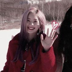 Twice Dahyun, Hirai Momo, Celebs, Celebrities, Billie Eilish, Nayeon, Kpop Girls, Girl Group, Icons