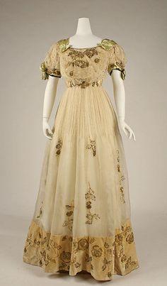 Evening Dress, 1905, The Metropolitan Museum of Art