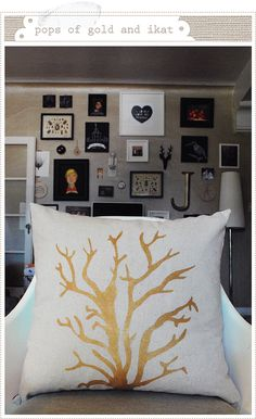 Amazing Freezer paper gold pillow DIY! @JanieRebecca