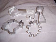 Steampunk cookie cutters! Key, Keyhole, Airship, and Gear. Steampunk for the Home Swap Gallery - ORGANIZED CRAFT SWAPS