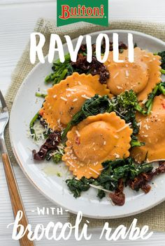 The naturally sweet notes of Buitoni Sweet Bell Pepper Ravioli and the rich flavor of tender broccoli rabe compliment each other wonderfully in this recipe. It gets even better with sun-dried tomatoes, finely chopped garlic and a sprinkle of aged Parmesan Italian Dishes, Italian Recipes, New Recipes, Recipies, Pasta Recipes, Dinner Recipes, Cooking Recipes, Good Food, Yummy Food