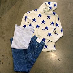 Snuggly weekend outfit... Banjo and Matilda star jumper. MiH jeans and Majestic top.