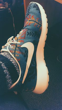 Nike x Pendleton Roshe Run i would were these