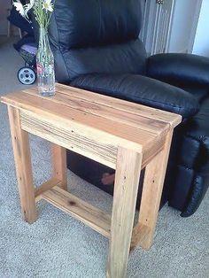 Salvaged Wood End Table - Regal Selber Bauen 2x4 Furniture, Western Furniture, Diy Furniture Projects, Woodworking Furniture, Wood Projects, Furniture Design, Furniture Outlet, Living Furniture, Discount Furniture