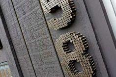 Tá precisando de uma numeração bacana para a sua casa? Faça você mesma! - dcoracao.com - blog de decoração
