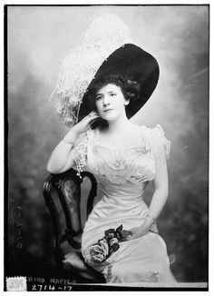 Portrait of Broadway actress Nina Napier, 1913 US, the George Grantham Bain Collection (Library of Congress)