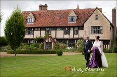 Dove Barn - Suffolk Wedding Photography Different Poses For Photos, Wedding Venues, Barn, Wedding Photography, Mansions, House Styles, Home Decor, Wedding Reception Venues, Wedding Places