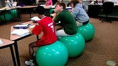 10 razones por las cuales usar una pelota medicinal como silla  cbb3448f723e