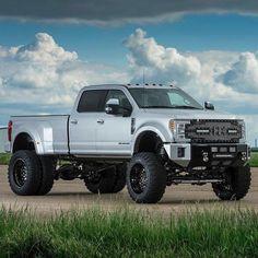 Powerstroke Dually Trucks, Ford Pickup Trucks, Big Rig Trucks, New Trucks, Custom Trucks, Lifted Trucks, Cool Trucks, Ford Diesel, Diesel Trucks