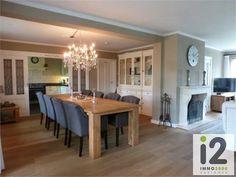 Interieur - robuuste grote tafel -