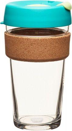 Skleněný KeepCup je naprosto originální termohrnek skorkovým proužkem. Je vyrobený zmateriálů šetrných kživotnímu prostředí. Tento designový termohrnek můžete na rozdíl od jednorázových neekologických kelímků používat opakovaně. Velikostí sobjemem 454ml je vhodný na větší espresso, cappuccino nebolatté.