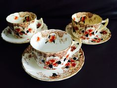 """The Original 1905 Pattern """"Poppy"""". There are no chips as far as I can see. 