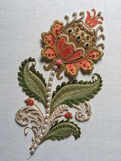 Wonderful Ribbon Embroidery Flowers by Hand Ideas. Enchanting Ribbon Embroidery Flowers by Hand Ideas. Bordado Jacobean, Crewel Embroidery Kits, Embroidery Needles, Silk Ribbon Embroidery, Vintage Embroidery, Machine Embroidery, Embroidery Supplies, Embroidery Books, Embroidery Tattoo