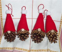 The Free Money-Saving Tips Ezine: Homemade Christmas Ornaments: Pinecone Gnomes – crafts – Weihnachten Homemade Christmas Decorations, Diy Christmas Ornaments, Simple Christmas, Handmade Christmas, Holiday Crafts, Homemade Ornaments, Pinecone Christmas Crafts, Santa Crafts, Pine Cone Decorations