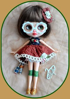 Adorable Blythe doll outfit*dress*eyeglasses*knickers*hairclip*shoe*dresshanger*