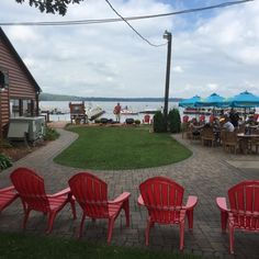 14 Incredible Waterfron Restaurants Everyone In Minnesota Must Visit - one of them - Ernie's on Gull Lake, Brainerd.....